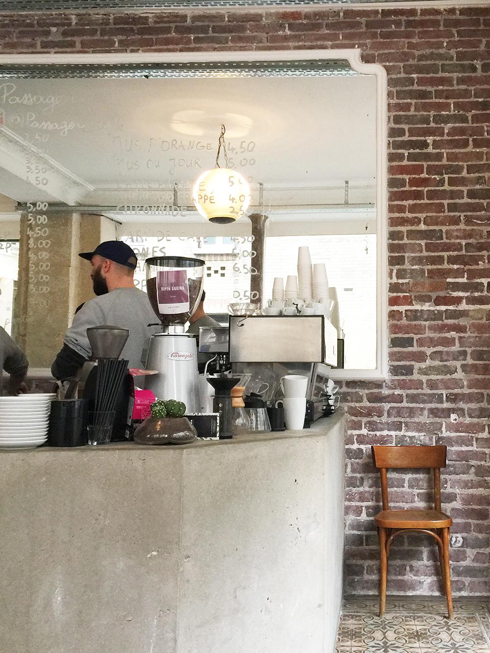 Le passager café fanny B Paris ledru rollin fere